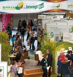 Bienenstock-Atmosphäre auf der Bodan Hausmesse 2016