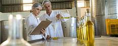 Betrugsfälle bei nativem Olivenöl extra und vanillehaltigen Erzeugnissen aufgedeckt
