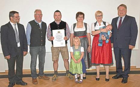 Bayerischer Nutztierwohlpreis 2016